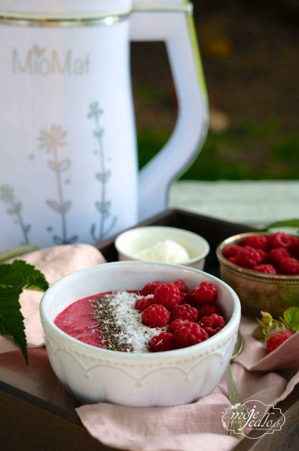 Kokosovo malinová smoothie miska