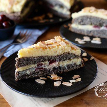 MAKOVÁ TORTA S VANILKOVÝM KRÉMOM A VIŠŇAMI